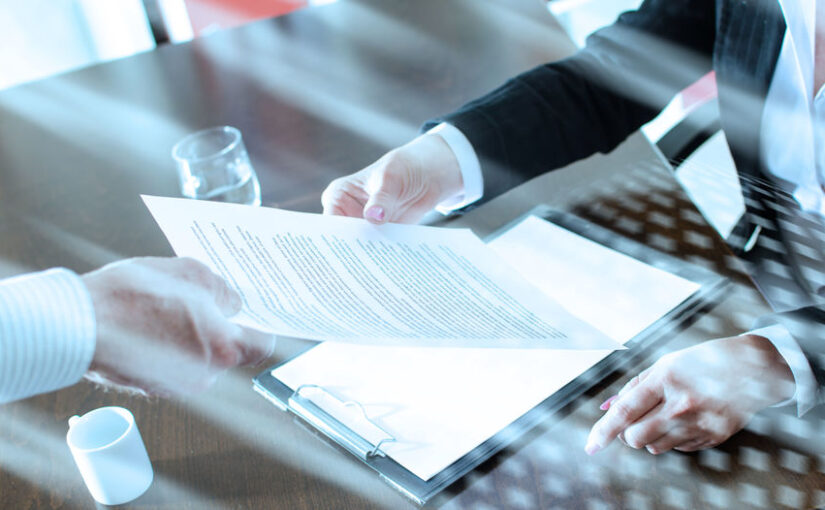 Is a Qualified Process Server Competent Enough to Notarize Documents?